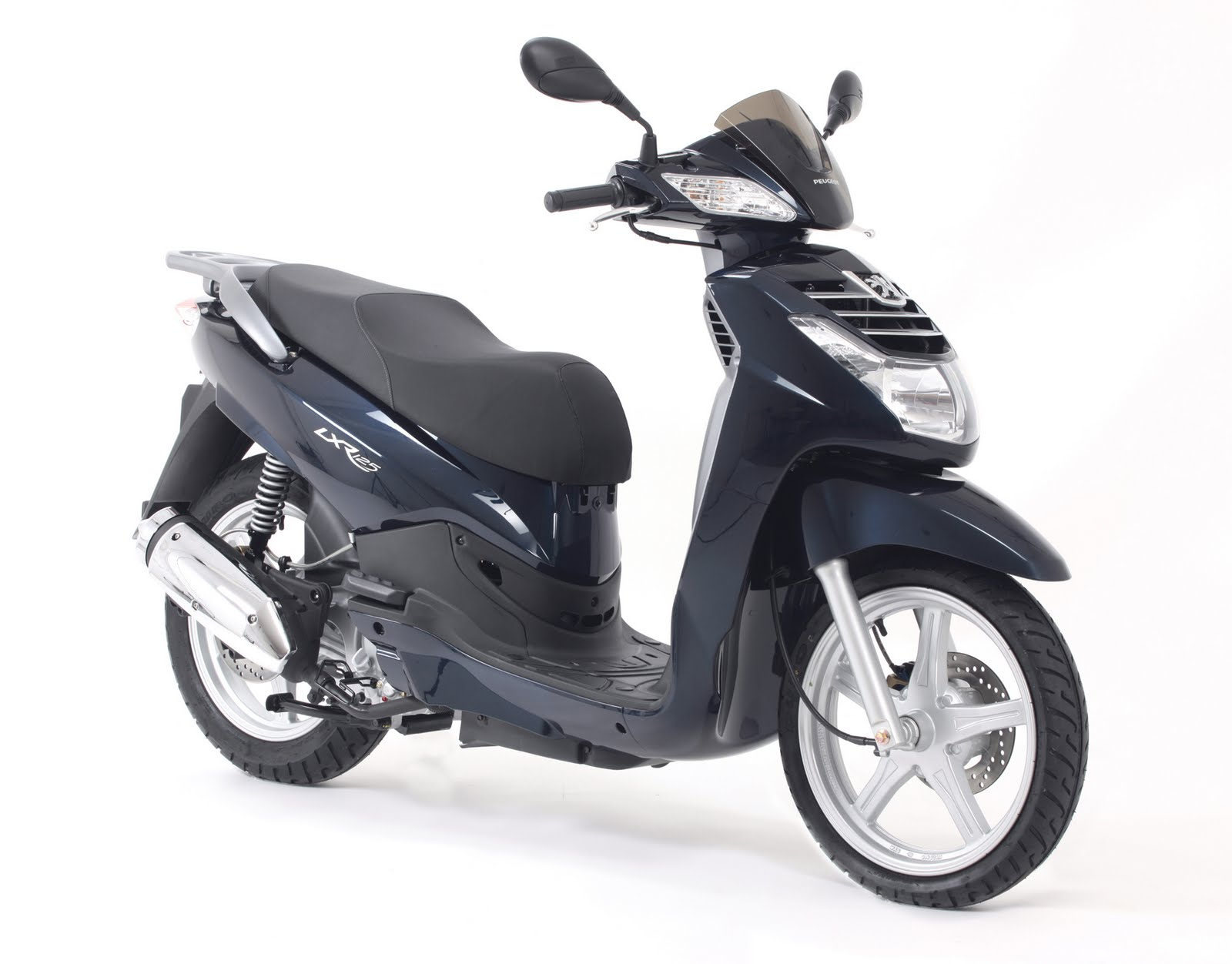 peugeot celebrates with new big wheel lxr 125 scooter new motorcycles. Black Bedroom Furniture Sets. Home Design Ideas