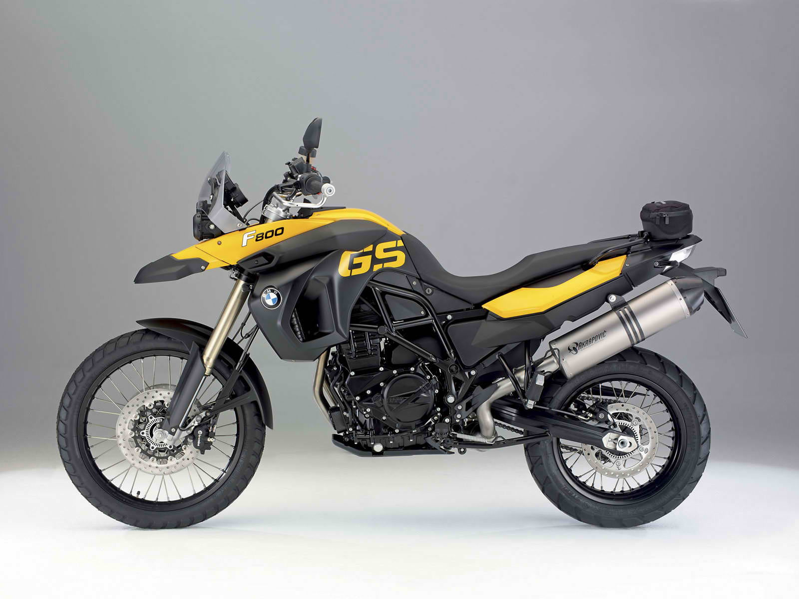 2010 new bmw f 800 gs revealed new motorcycles. Black Bedroom Furniture Sets. Home Design Ideas
